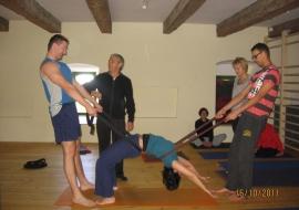 Weekend z jogą - Kominkowy Spichlerz